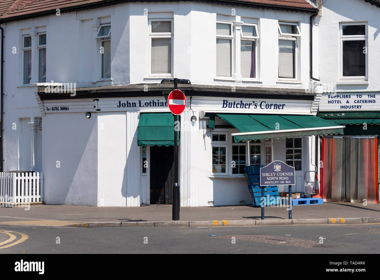 John Lothian Butcher's Corner on Sibley Corner, North Road, Westcliff on Sea, Essex, UK. Lothian Meats business premises shop. Butcher - Stock Image