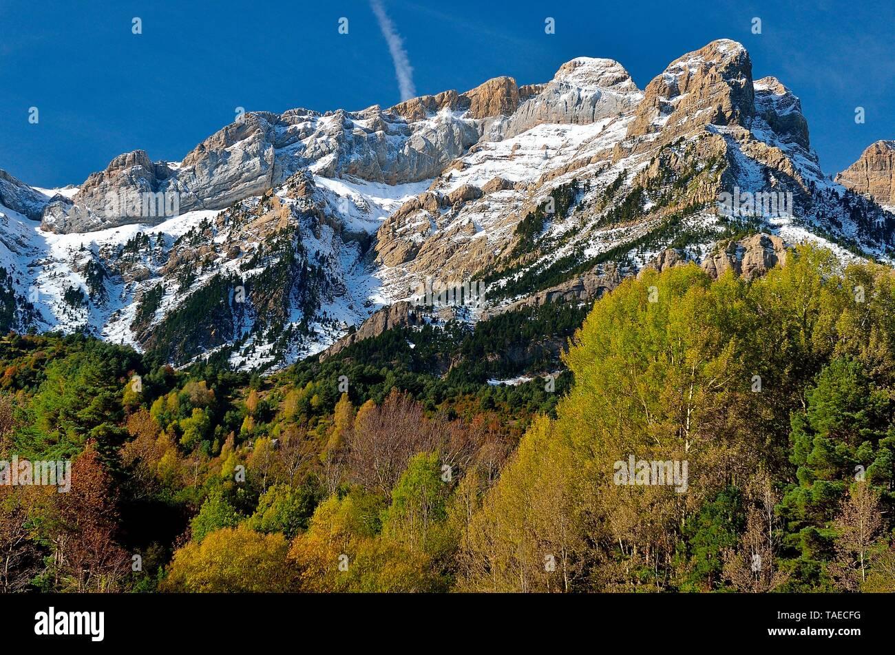 The Telera in autumn, Pyrenees, Aragon, Spain Stock Photo