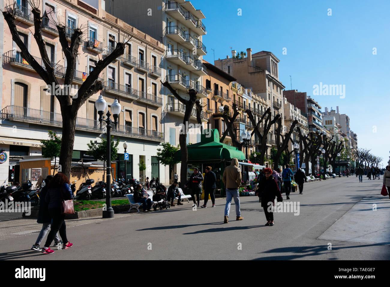 Tarragona, Spain. February 8, 2019. Rambla Nova is a main city walk with restaurants and shops - Stock Image