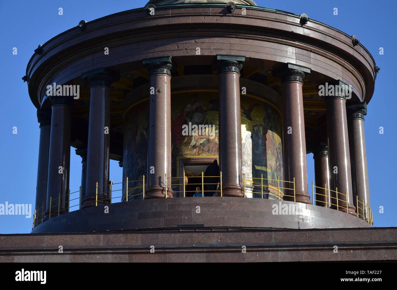 Berlin Victory Column monument in Tiergarten park - Stock Image