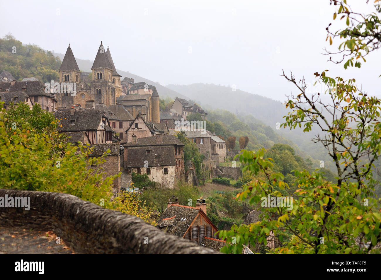 The medieval hamlet of Conques in Aveyron, France - Stock Image