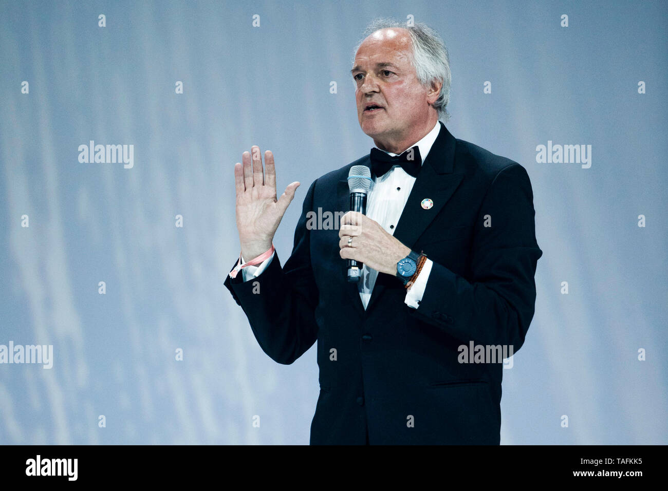 Berlin, Germany. 24th May, 2019. Unilever CEO Paul Polman speaks at the Green Awards ceremony. The trophies will be awarded during the Greentech Festival. Credit: Carsten Koall/dpa/Alamy Live News - Stock Image
