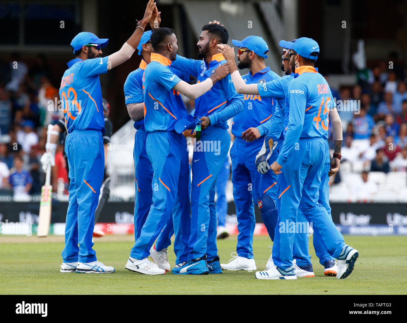 LONDON, United Kingdom. 25 MAY, 2019. KL Rahul of India caught Martin Guptill of New Zealand and bowled by Hardik Pandya of India during ICC World Cup - Warm - Up between India and New Zealand at the Oval Stadium , London,  on 25 May 2019 Credit Action Foto Sport News News Credit: Action Foto Sport/Alamy Live News - Stock Image