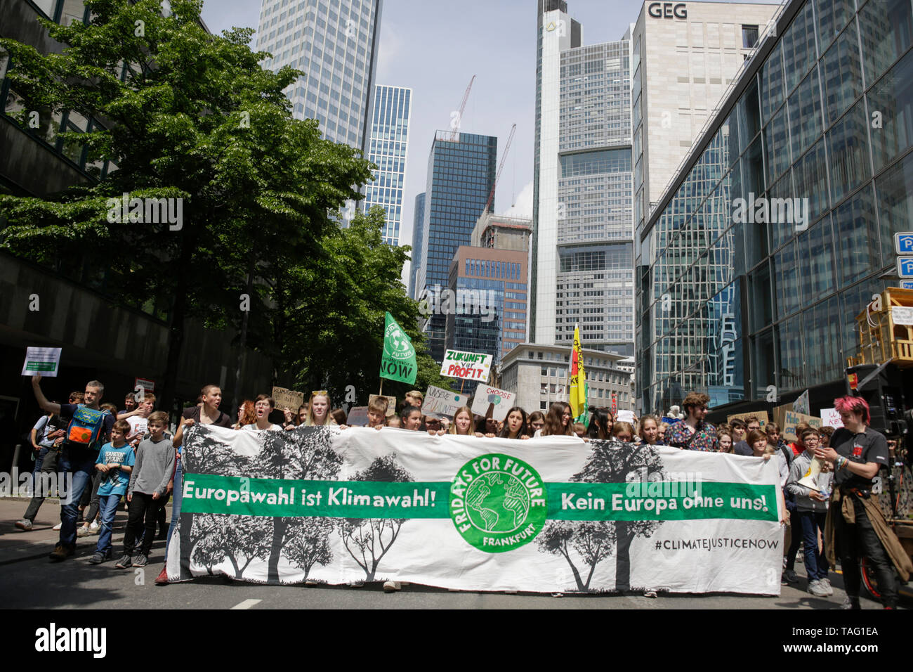 The protest marches through Frankfurt city centre. Around 4,500 young people marched through Frankfurt to the European Central Bank, to protest against the climate change and for the introduction of measurements against it. The protest took place as part of an Europe wide climate strike, two days ahead of the 2019 European elections. (Photo by Michael Debets/Pacific Press - Stock Image