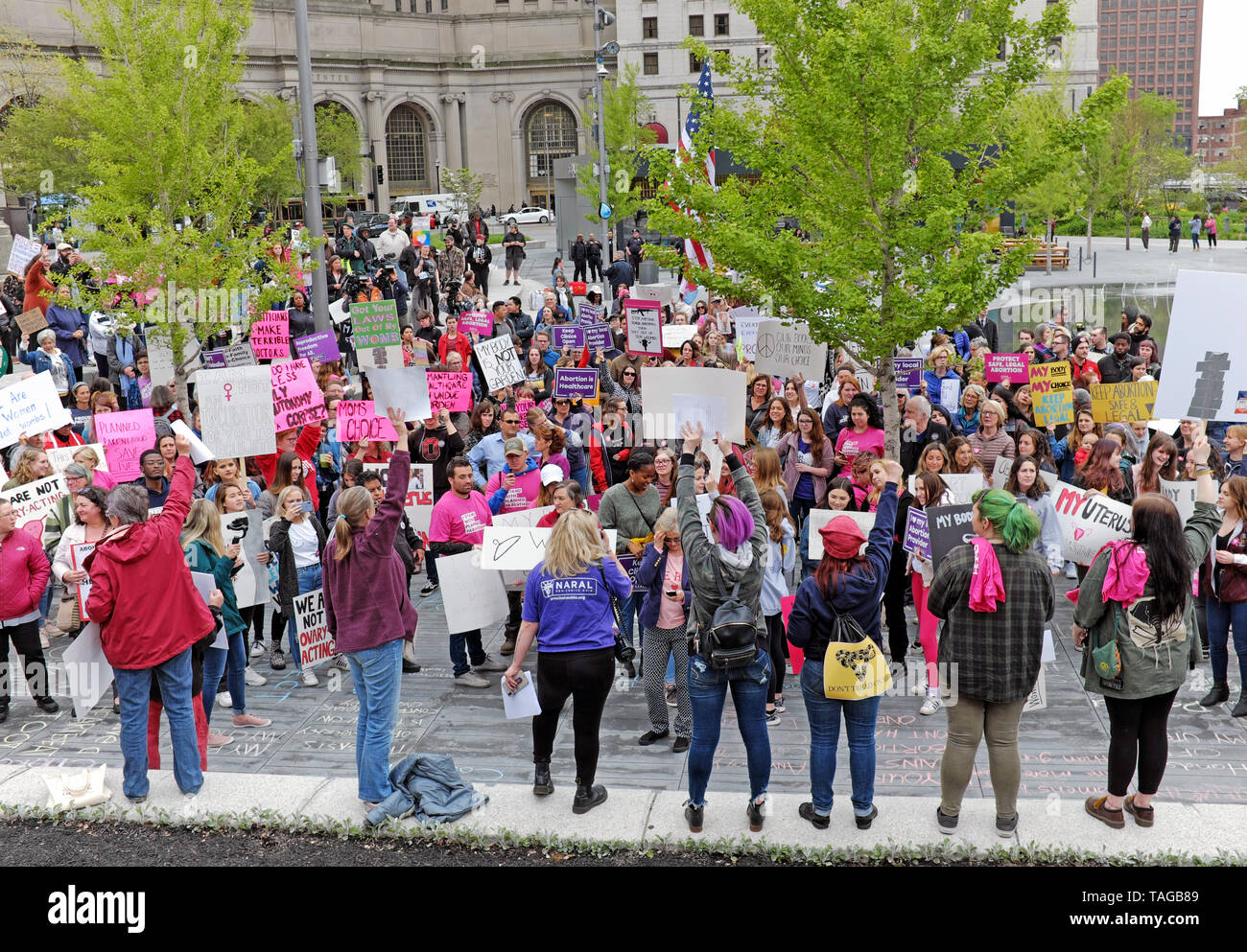Pro-choice demonstrators protest in Public Square in downtown Cleveland, Ohio, USA against changes to Ohio abortion laws and reproductive rights. Stock Photo