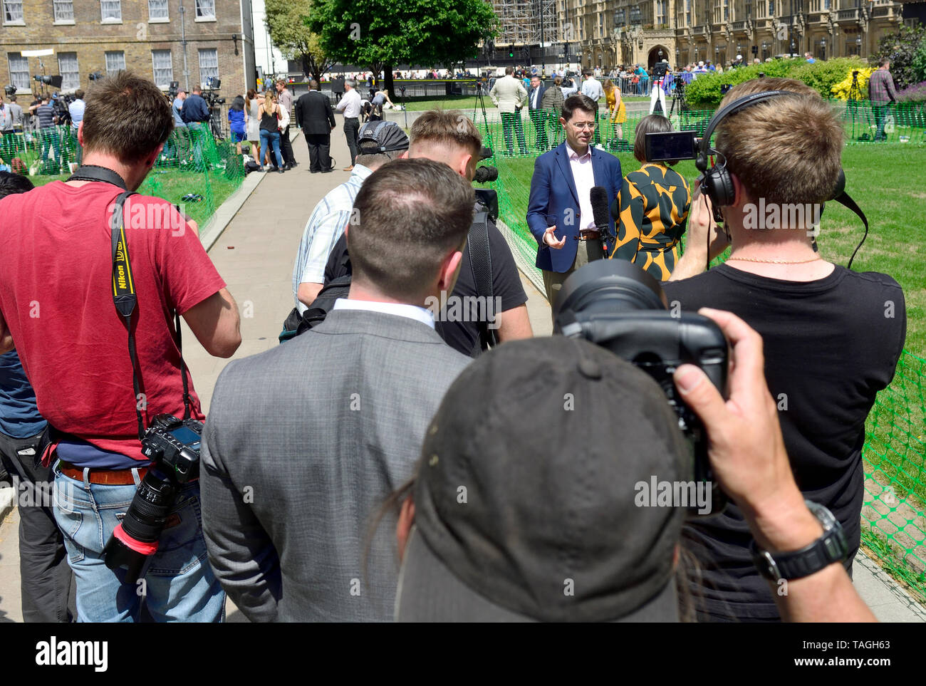James Brokenshire MP, Secretary of State for Housing, Communities and Local Governmen, interviewed on College Green, Westminster, 24th May 2019, the d Stock Photo