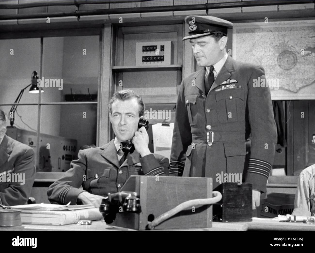 ANGELS ONE FIVE 1952 Associated British Studios film with Jack Hawkins as Group Capt 'Tiger' Small at right and  Michael Dennison as Squadron Leader Peter Moon - Stock Image