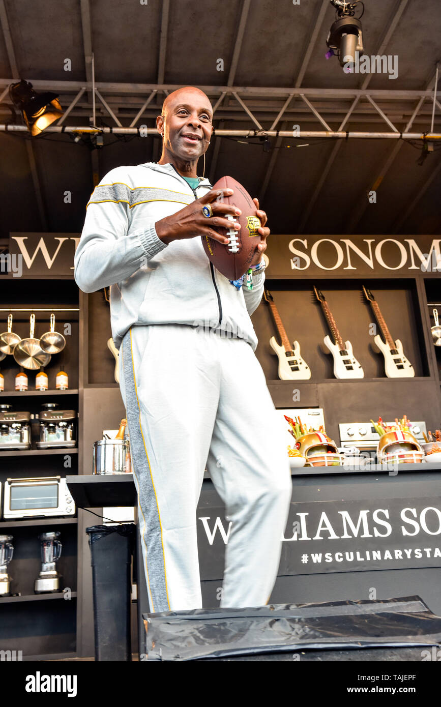 Napa, California, May 25, 2019, Jerry Rice on the Williams and Sonoma Cullinary stage at the 2019 Bottle Rock Festival, Day 2 BottleRock Credit: Ken Howard/Alamy Stock Photo