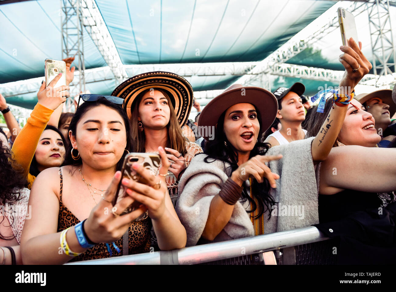 Napa, California, May 25, 2019,  A sold out crowd thoroughly enjoyed the wide variety of day 2 performances on the venue's 5 stages at the 2019 Bottle Rock Festival, Day 2 BottleRock Credit: Ken Howard/Alamy Stock Photo