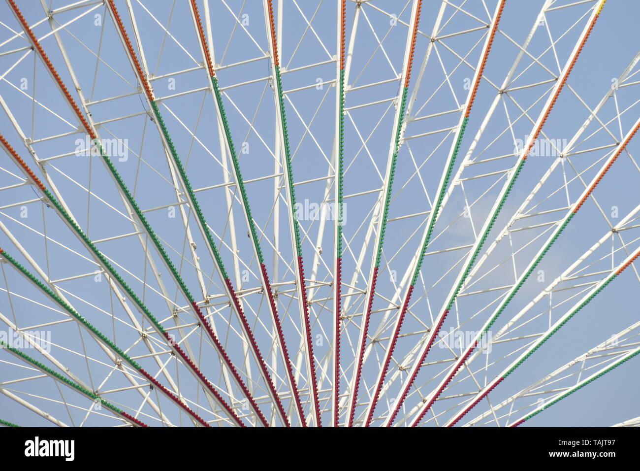 Ferris Wheel, Steel Scaffolding, Blue Sky, Bremen, Europe - Stock Image