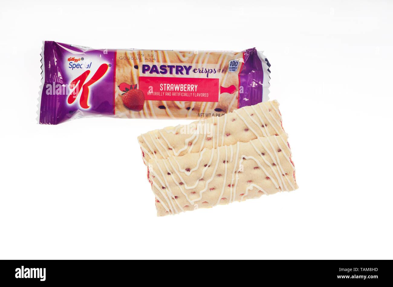 Kellogg's Special K Strawberry Pastry Crisp bar - Stock Image
