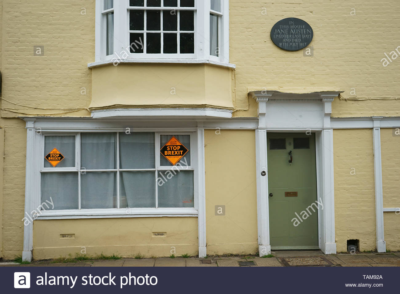Winchester, Hampshire, UK. Stop Brexit poster on outside house in which Jane Austen lived her last days and died - 18 may 2019 Stock Photo