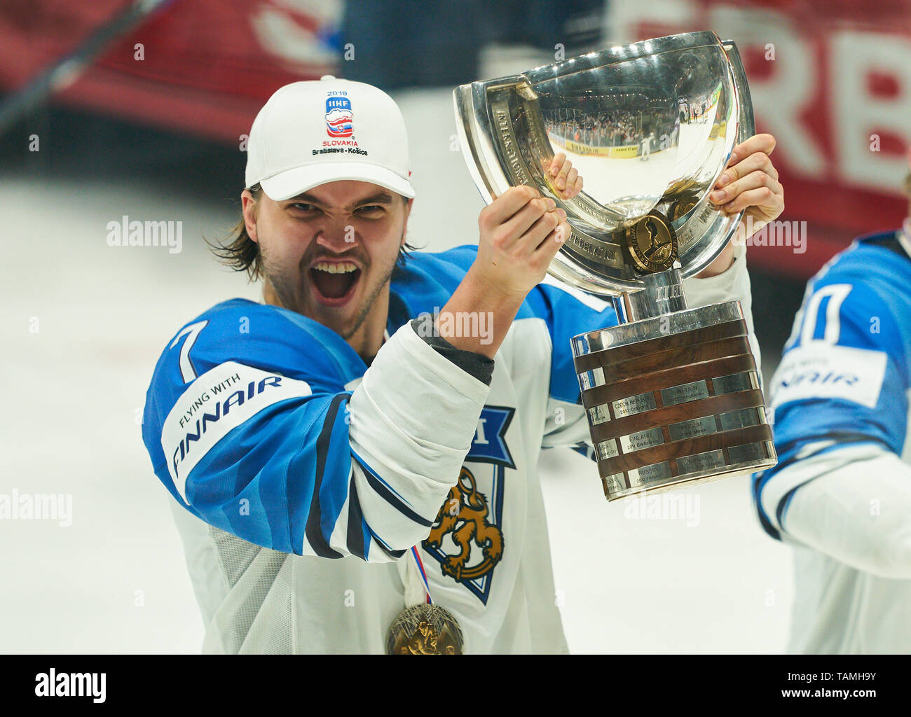 Bratislava, Slovakia. 26th May, 2019. Oliwer KASKI, FIN 7 Finland won the title and celebrate, Cheering, joy, emotions, celebrating, laughing, cheering, rejoice, tearing up the arms, clenching the fist, celebrate, celebration, Torjubel, CANADA - FINLAND 1-3 Kanada - Finnland FINAL IIHF ICE HOCKEY WORLD CHAMPIONSHIPS in Bratislava, Slovakia, Slowakei, May 26, 2019, Season 2018/2019, Credit: Peter Schatz/Alamy Live News - Stock Image
