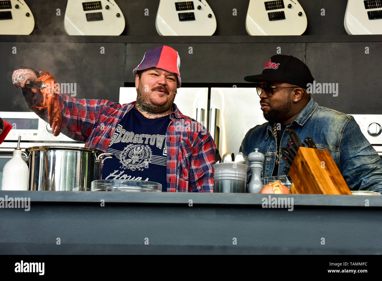 Napa, USA. 26th May, 2019. Napa, California, May 26, 2019, Chef Matty Matheson and Big Boi on the Williams & Sonoma cullinary stage at the 2019 Bottle Rock Festival, Day3 BottleRock Credit: Ken Howard/Alamy Live News Stock Photo