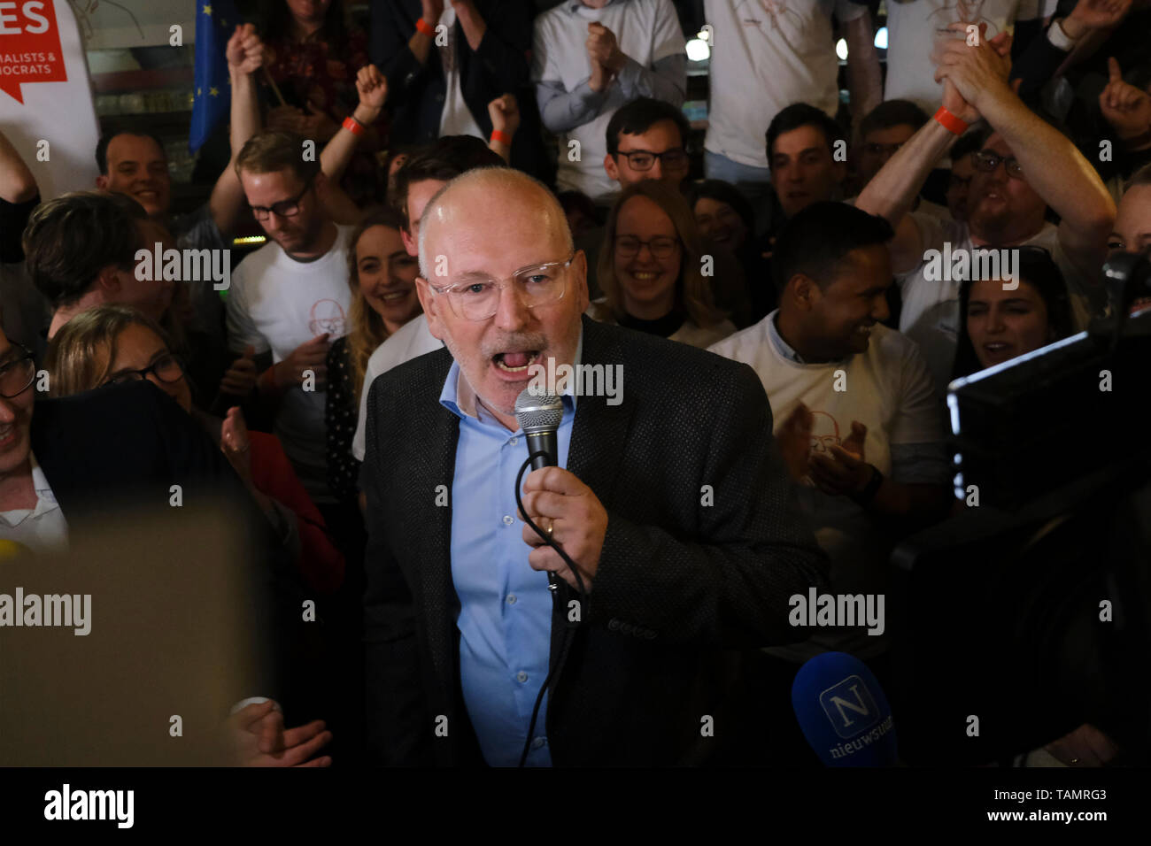 Brussels, Belgium. 26th May, 2019. Frans Timmermans, lead candidate of the Party of European Socialists (PES), speaks at the PES European elections headquarters. Credit: ALEXANDROS MICHAILIDIS/Alamy Live News Stock Photo