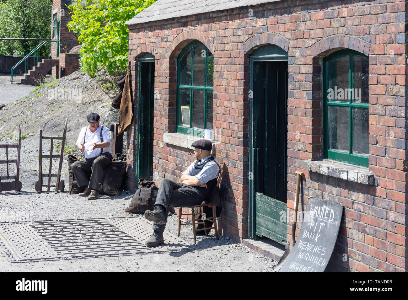 Workers outside colliery hut, Black Country Living Museum, Dudley, West Midlands, England, United Kingdom - Stock Image