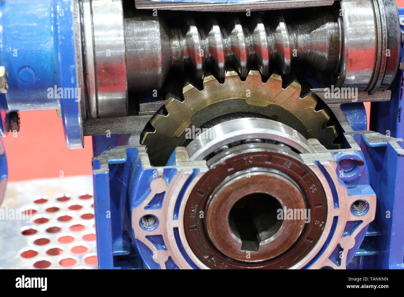 Worm Gear Stock Photos & Worm Gear Stock Images - Alamy