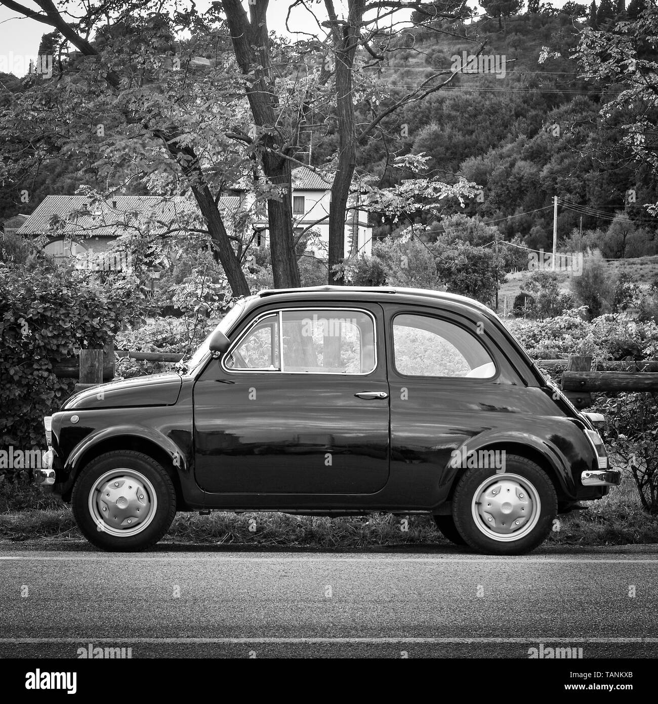 Fiat 500 Black And White Stock Photos Images Alamy