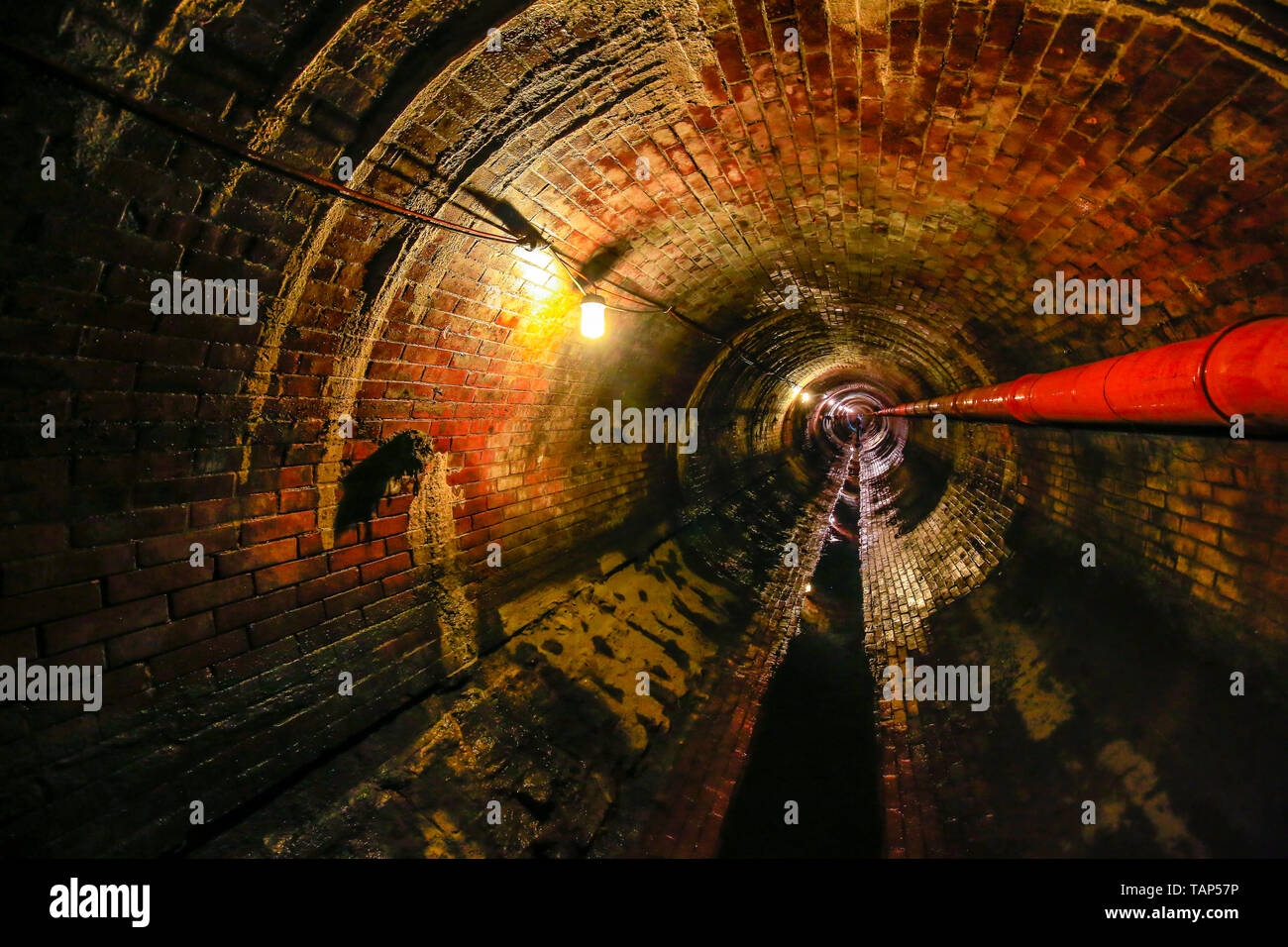 29.04.2019, , North Rhine-Westphalia, Germany - Theme picture sewer network transmission, old, brick sewer in need of renovation. Canal transmission m - Stock Image