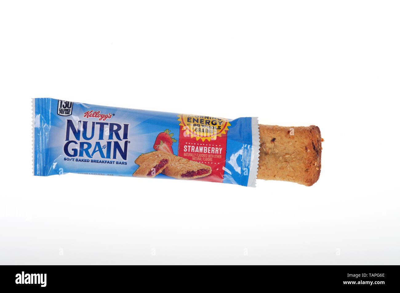 Kellogg's Nutri-grain breakfast bar - Stock Image