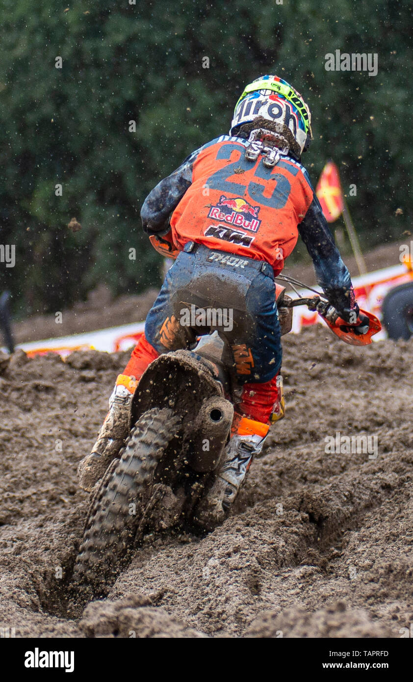 MAY 18, 2019 Rancho Cordova, CA U.S.A.: # 25 Marvin Musquin coming out of turn 23 during the Lucas Oil Pro Motocross 450 Championship at Hangtown Motocross Classic Rancho Cordova, CA Thurman James / CSM - Stock Image