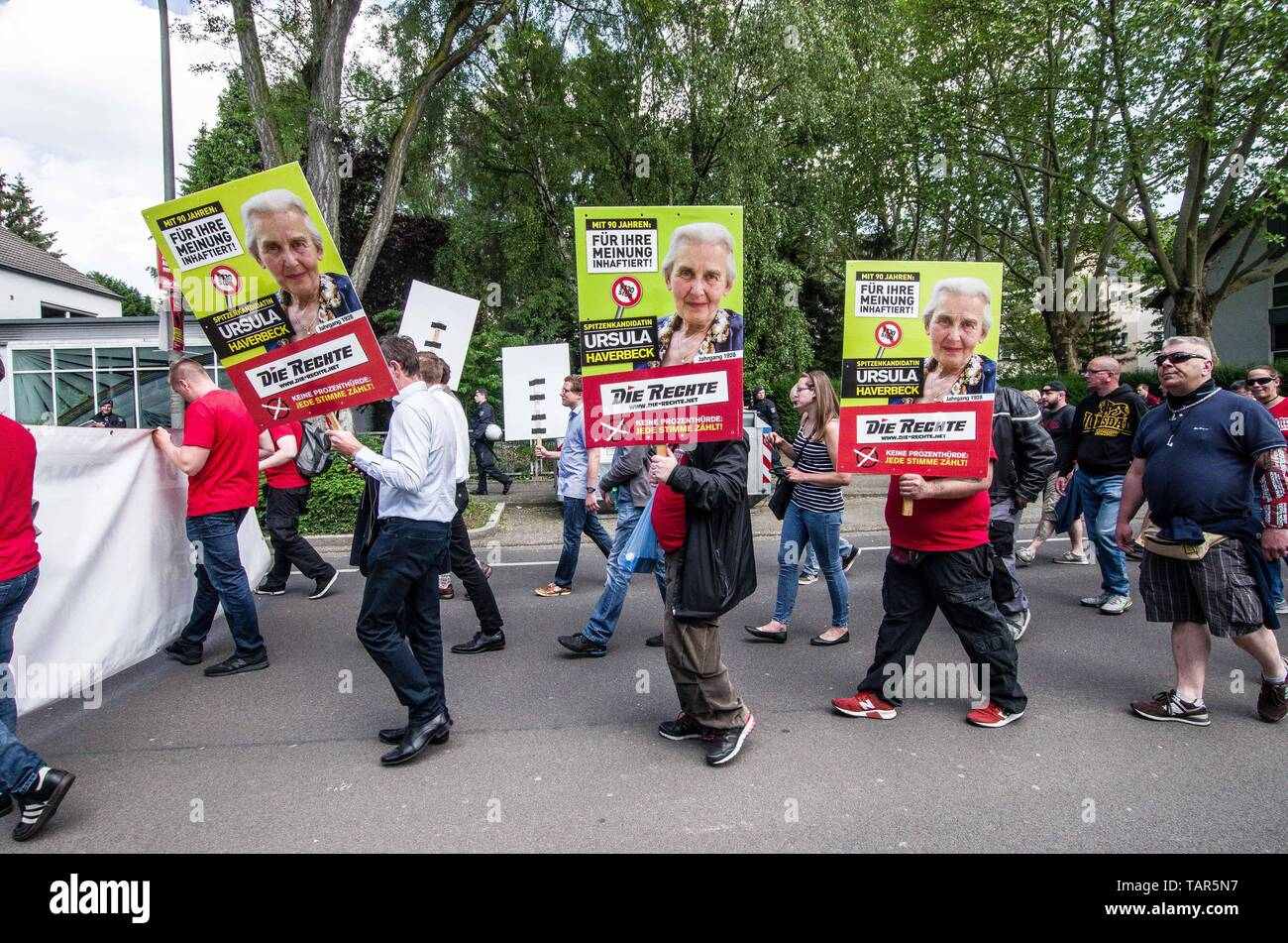 Dortmund, Nordrhein Westfalen, Germany. 25th May, 2019. Neonazis in Dortmund, Germany expressing support for incarcerated Holocaust denier Ursula Haverbeck. Prior to the European Elections, the neonazi party Die Rechte (The Right) organized a rally in the German city of Dortmund to promote their candidate, the incarcerated Holocaust denier Ursula Haverbeck. The demonstration and march were organized by prominent local political figure and neonazi activist Michael Brueck (Michael Brück) who enlisted the help of not only German neonazis, but also assistance from Russian, Bulgarian, Hungarian, Stock Photo
