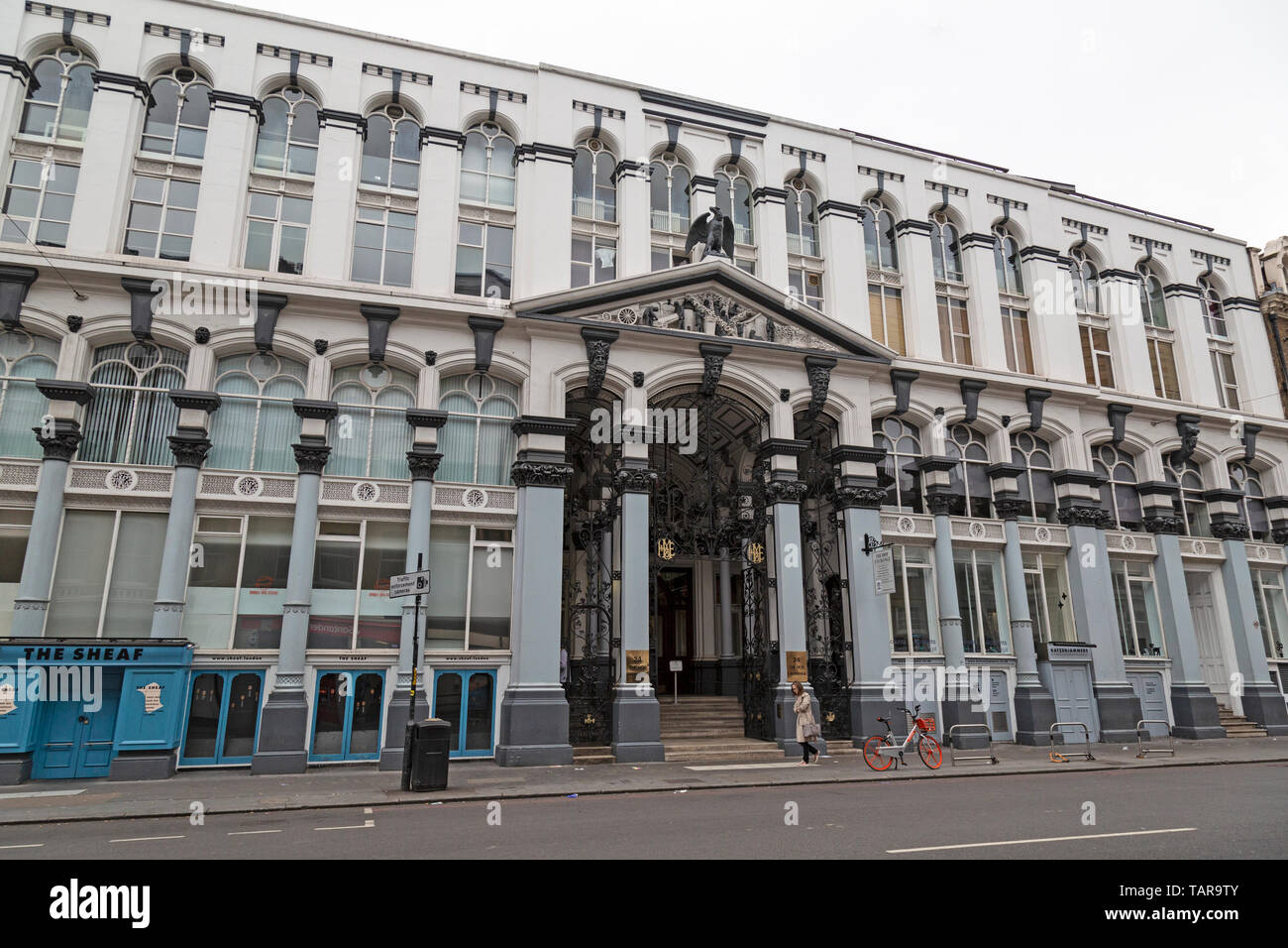The Hop Exchange is a Grade II listed building at No. 24 Southwark Street, London, in the Bankside area of the London Borough of Southwark. Open 1867. - Stock Image