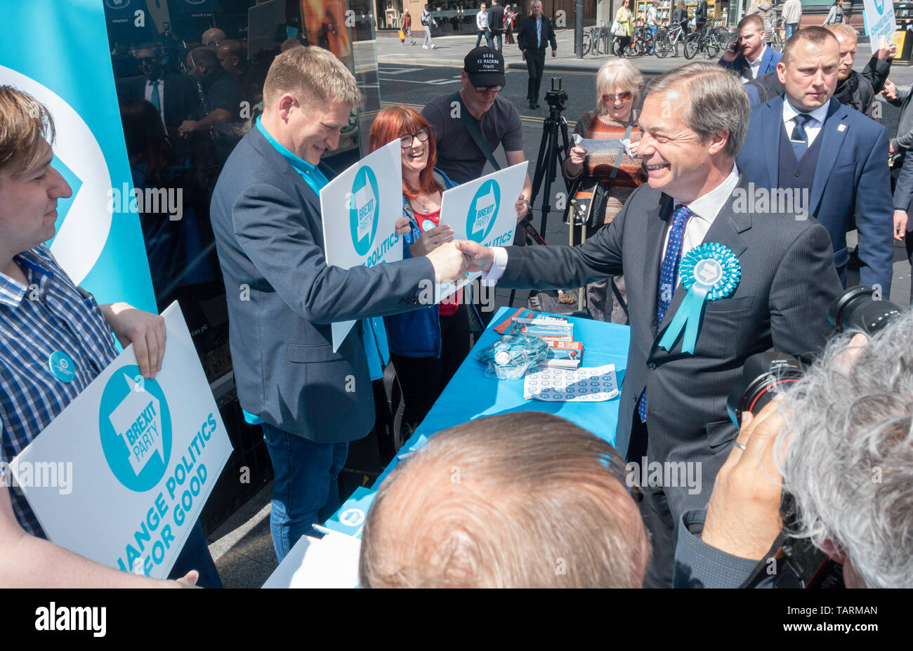 Newcastle upon Tyne, UK. 20th May 2019. UK. Nigel Farage meeting fellow Brexit Party members Stock Photo