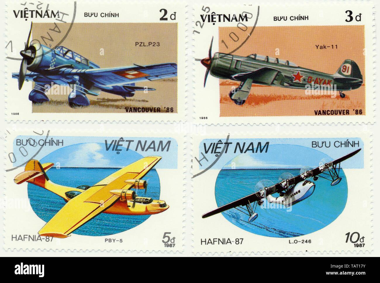 Historic postage stamps from Vietnam, Historische Briefmarken aus Vietnam, Flugzeuge, 1986 - Stock Image