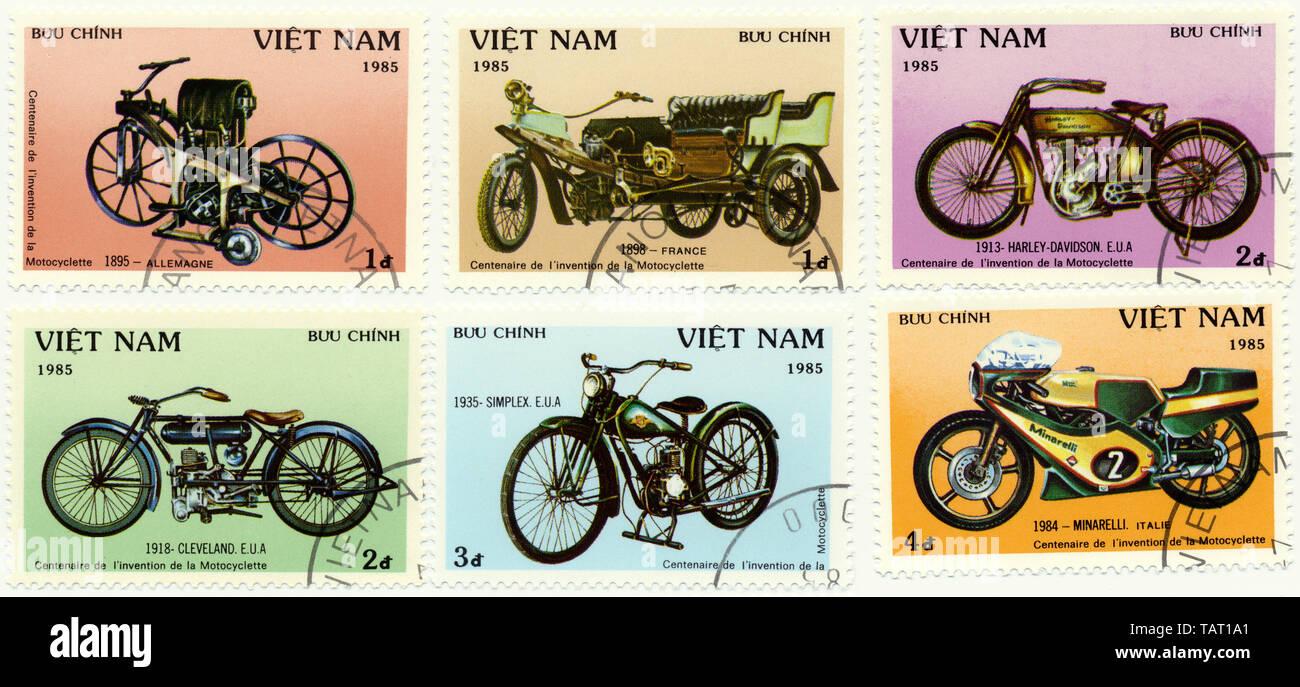 Historic postage stamps from Vietnam, Historische Briefmarken aus Vietnam,1985, internationale Entwicklungsgeschichte des Motorrades, Simplex, Cleveland, Harley-Davidson, Minarelli - Stock Image