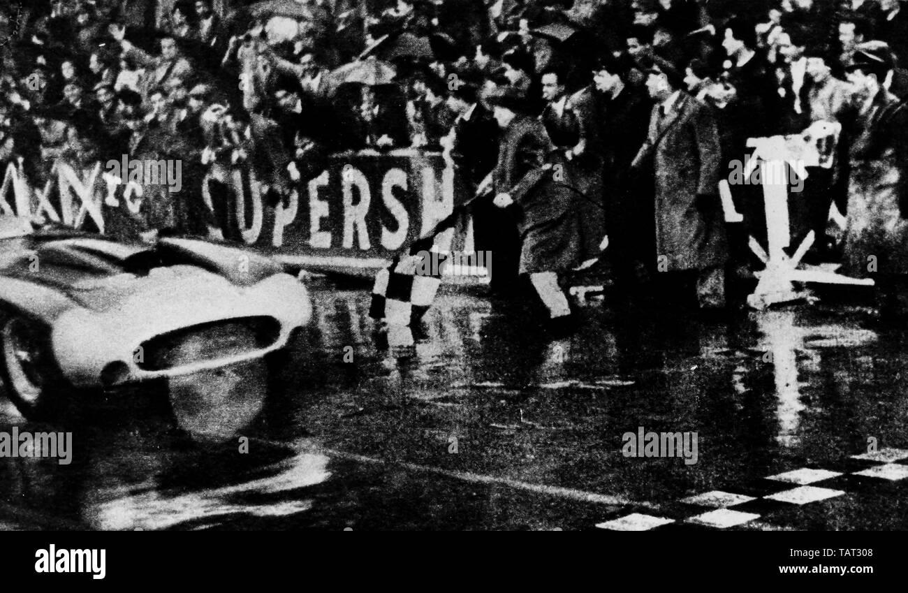 the arrival at the finish line in Brescia, mille miglia, 1956 - Stock Image