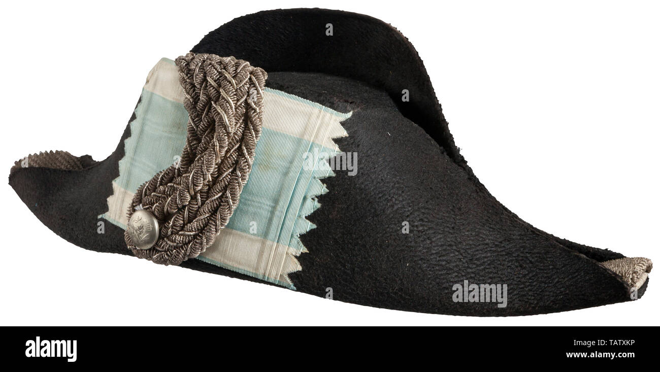 """IMPERIAL GERMANY UNTIL 1914, An imperial German Bavarian fore-and-aft hat and original storage box The bicorn of black mohair felt, silver crowned Bavarian button, silver bullion agraffe with blue and white ribbed silk panel, the ends set with fringes of silver interweave bullion, white silk lining with crown manufacturer's stamp """"Steinam & Co Würzburg"""", brown leather sweatband. CNN9263 & CNN9262, Additional-Rights-Clearance-Info-Not-Available Stock Photo"""