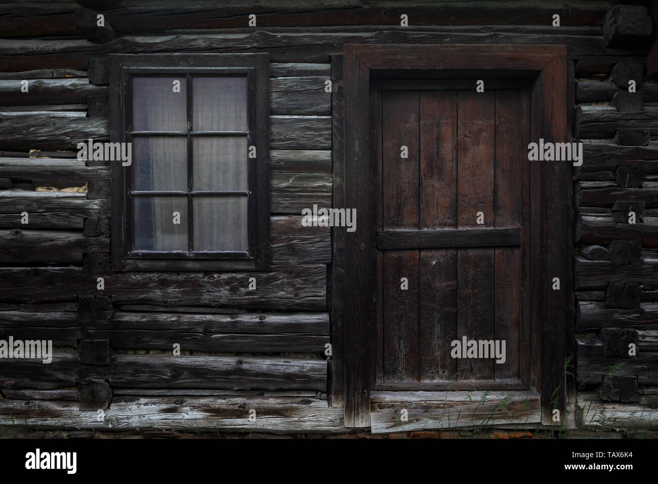 Traditional log cabin in Turiec region, Slovakia. - Stock Image