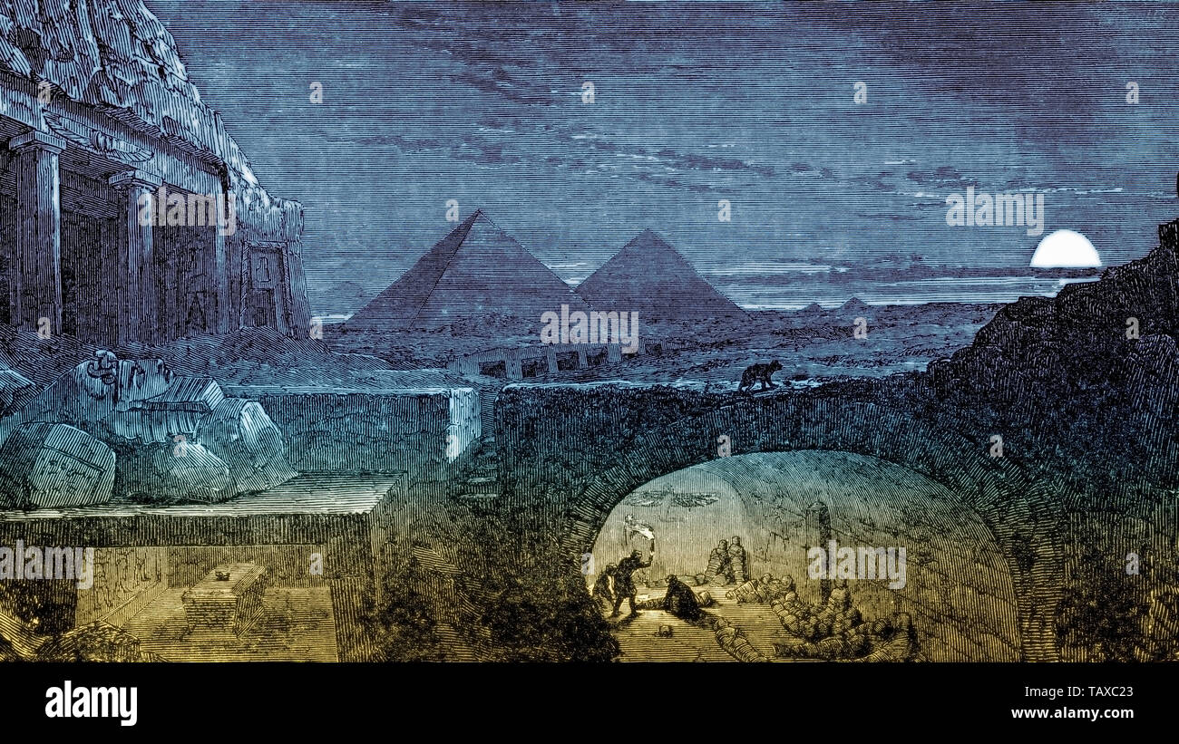 Pyramids and catacombs with mummies at night, Cairo, Egypt, historic engraving from 19th Century, Die Pyramiden und Katakomben mit Mumien bei Nacht, Kairo, Ägypten, historischer Stich aus dem 19. Jahrhundert - Stock Image