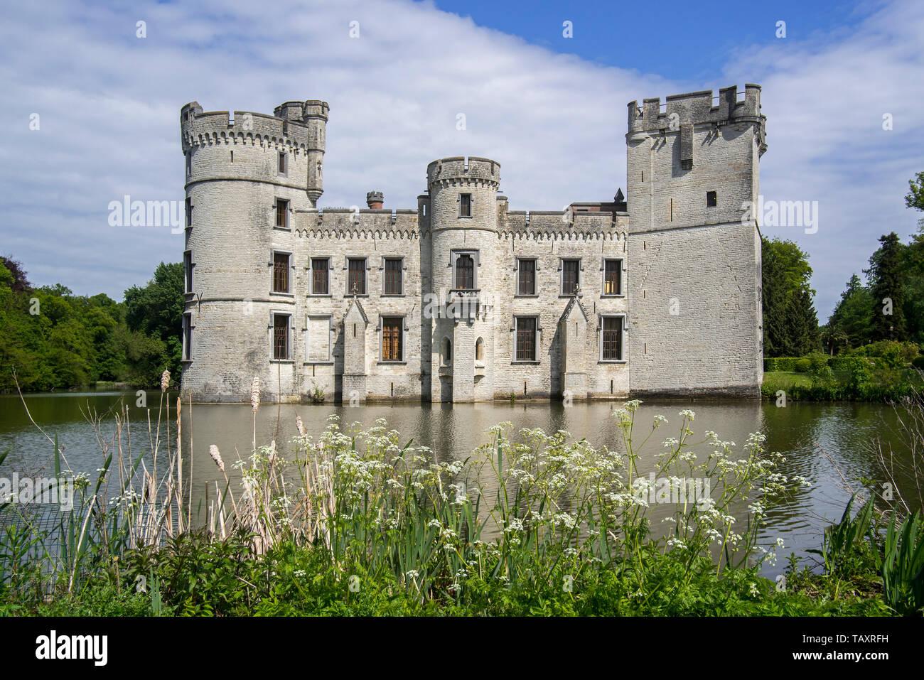 Neo-Gothic Bouchout Castle / Kasteel van Bouchout in the Botanic Garden Meise near Brussels, Belgium - Stock Image