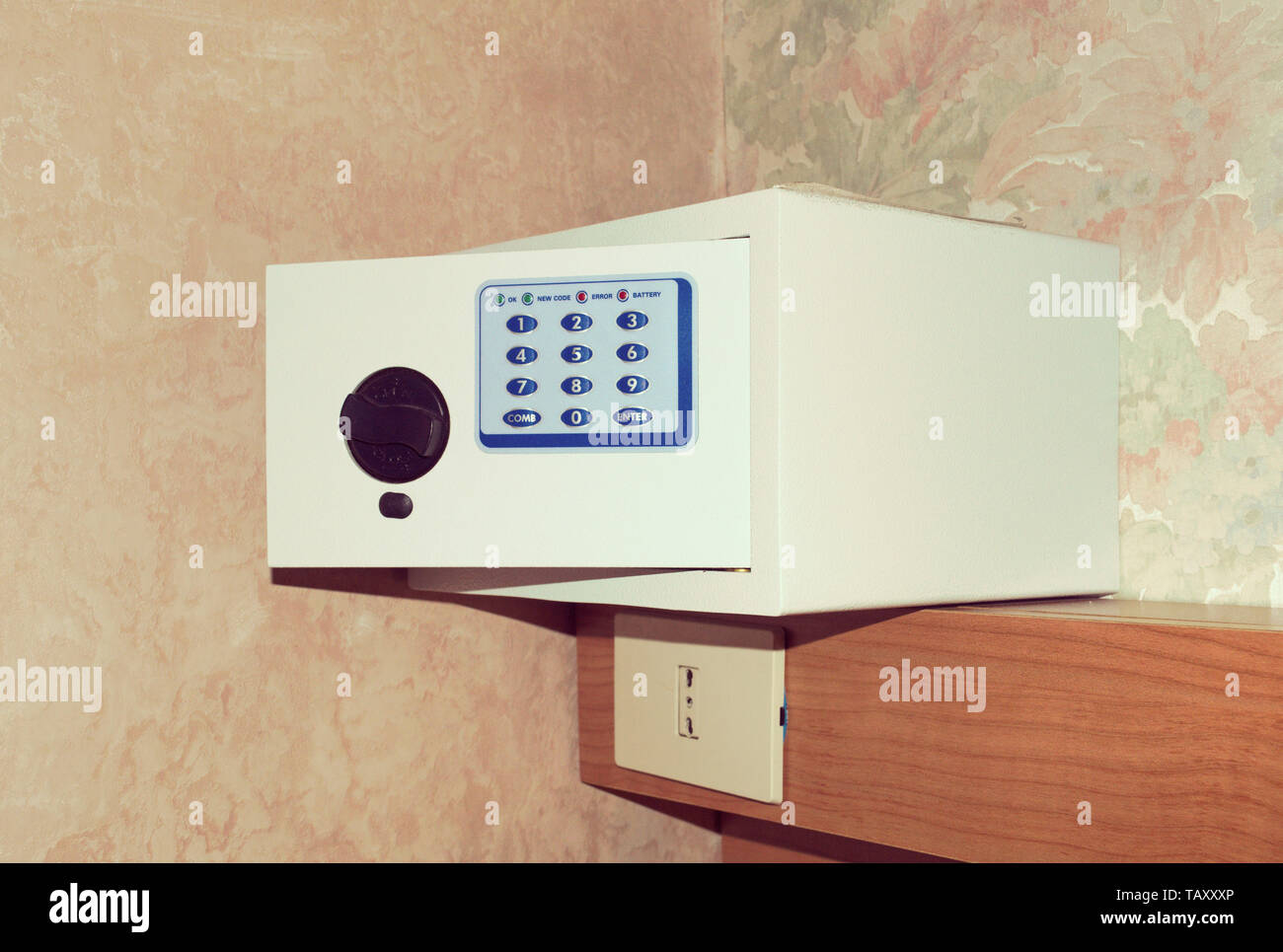 Hotel Room Safe Stock Photos & Hotel Room Safe Stock Images - Alamy
