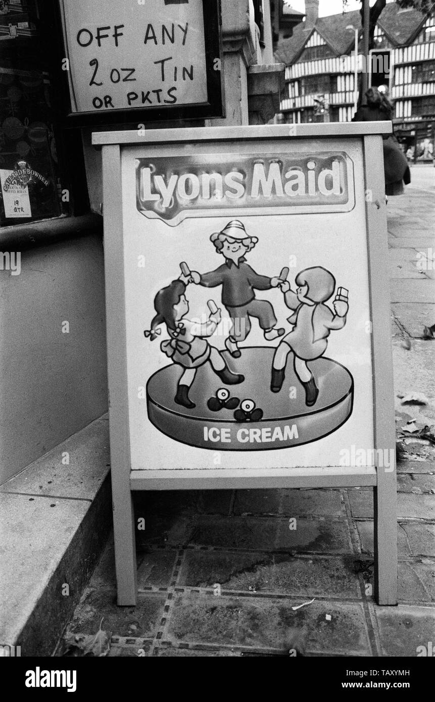 Lyons Maid Ice Cream  Vintage Poster Style Framed Steel Picture Wall Display