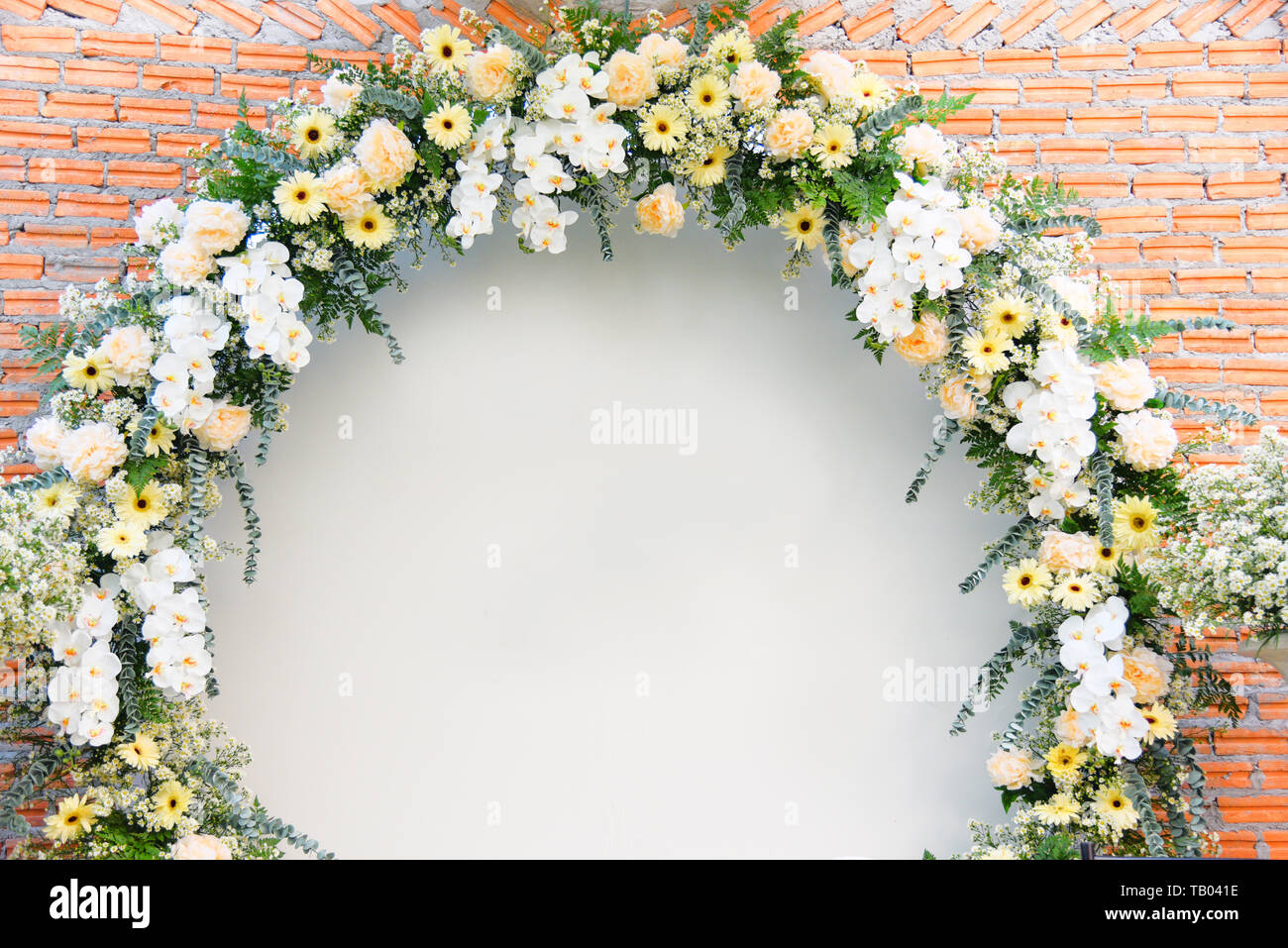 Backdrop Wedding Flower Arch Decoration Beautiful Flowers Bouqet White And Yellow Wedding Background Chrysanthemum And Orchid On Brick Wall Stock Photo Alamy