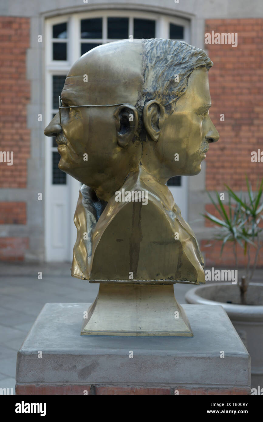 Dual bronze bust, Mohandas Karamchand Gandhi, at site of life changing moment, 7 June 1893, young, old, Pietermaritzburg, KwaZulu-Natal, South Africa - Stock Image
