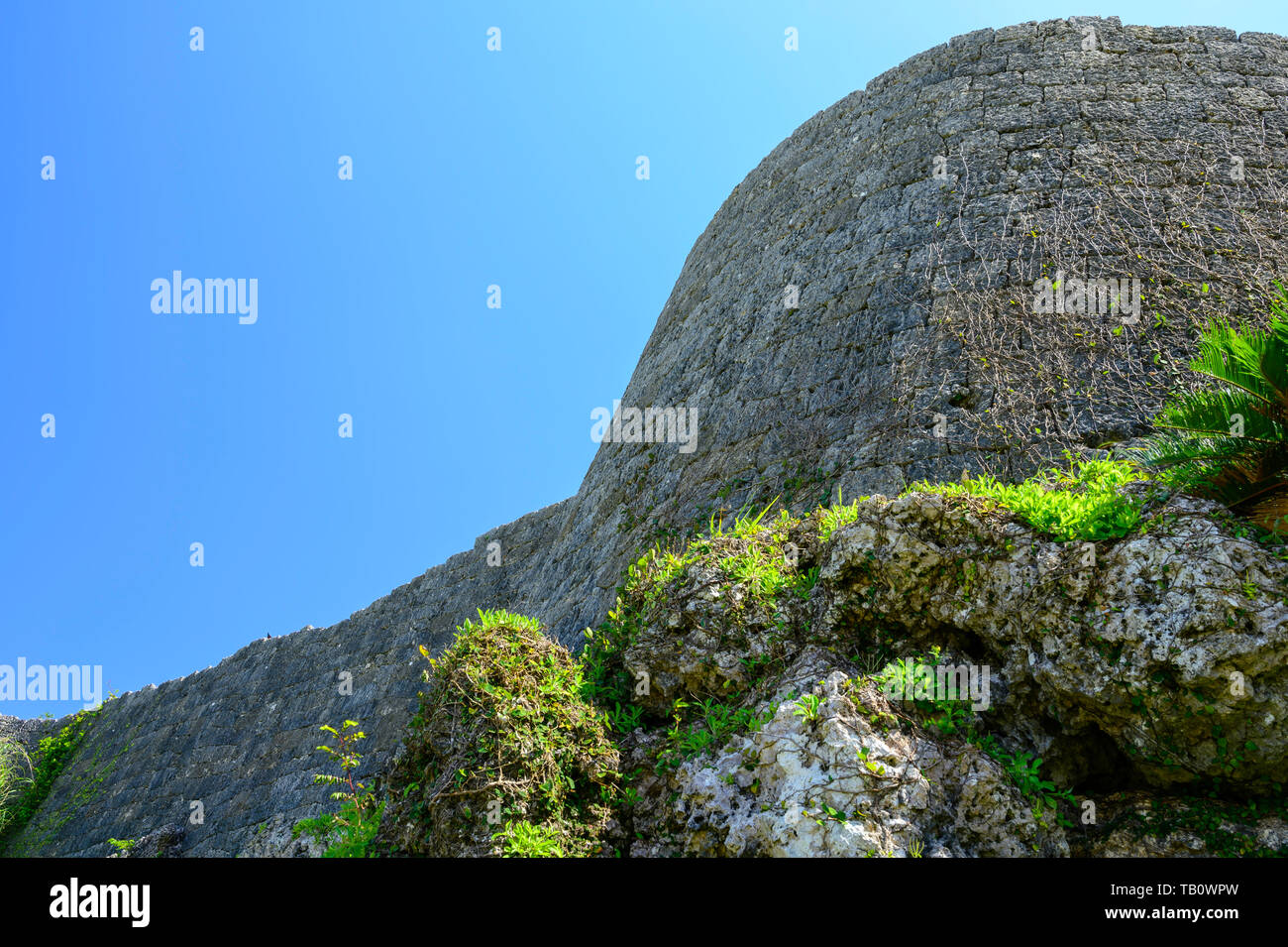 Looking up the castle walls. Invaders and defenders not included. - Stock Image