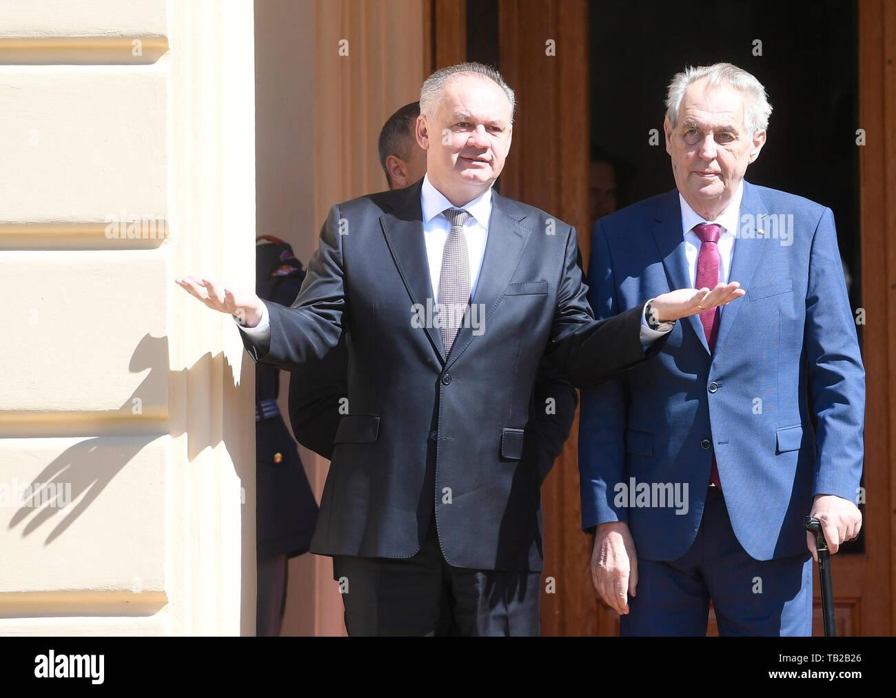 Lany, Czech Republic. 30th May, 2019. Slovak President Andrej Kiska visits Czech Republic and meets Czech President Milos Zeman (right) before his mandate ends in Lany, Czech Republic, May 30, 2019. Credit: Michal Krumphanzl/CTK Photo/Alamy Live News Stock Photo