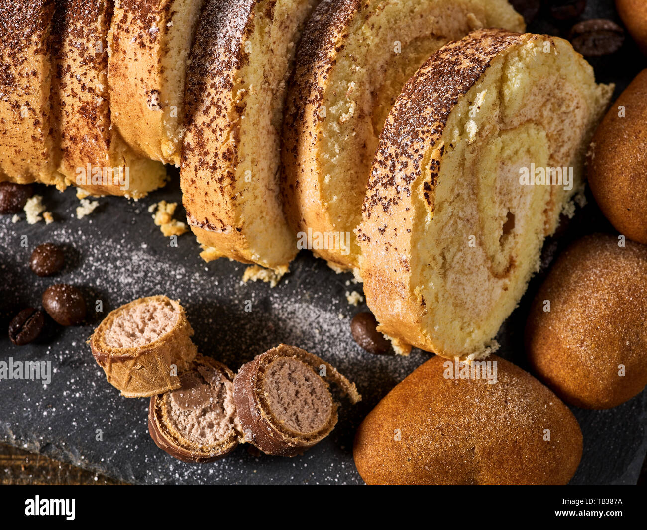 Heart Cake Stock Photos & Heart Cake Stock Images - Page 21 - Alamy