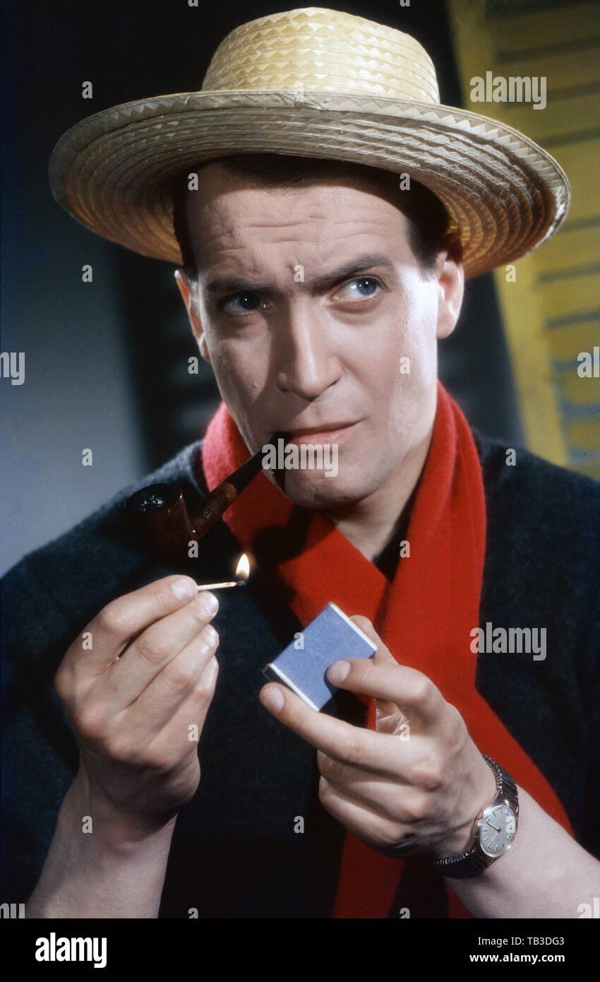 Ernst Stankovski, österreichischer Schauspieler und Chansonnier, Deutschland ca. 1959. Austrian actor and chanson singer Ernst Stankovski, Germany ca. 1959. - Stock Image