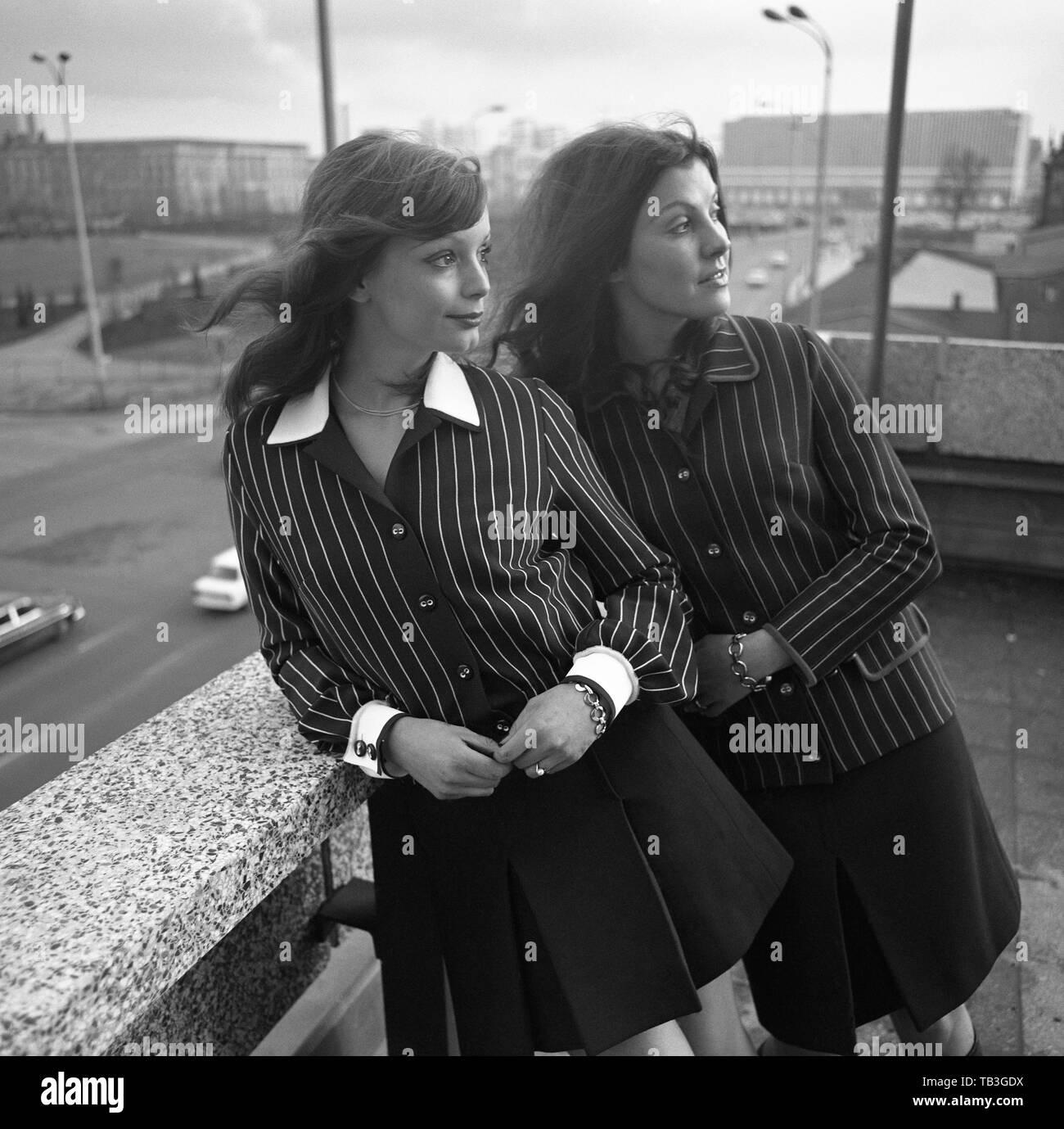 048e5bb73d9 07.07.1971, Berlin, Berlin, GDR - Young women wear the latest autumn  fashion in the city. 00S710707D016CAROEX.JPG [MODEL RELEASE: NO, PROPERTY  RELEASE