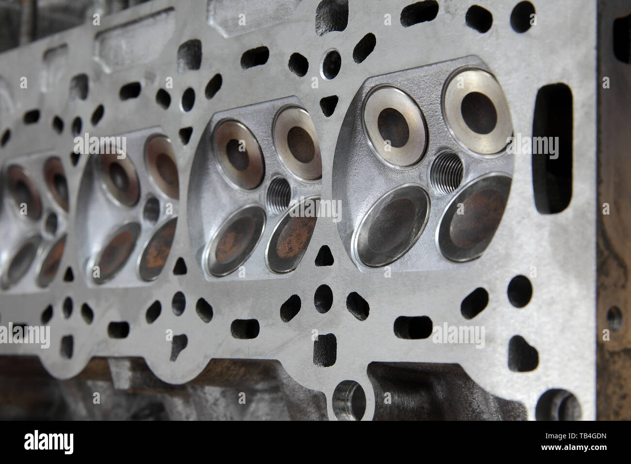 Cylinder Head Engine Stock Photos & Cylinder Head Engine