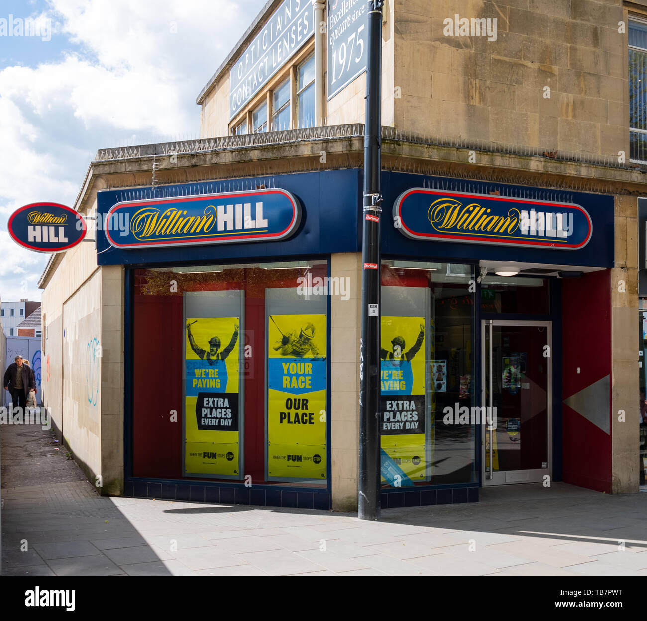 Swindon, United Kingdom - May 04 2019:   The entrance to William Hill Bookmakers on Temple Street Stock Photo
