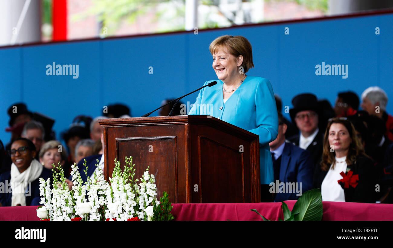 Cambridge, USA. 30th May, 2019. Chancellor Angela Merkel (CDU) gives a speech at Harvard University. Chancellor Angela Merkel (CDU) has conjured up international cooperation and free world trade. Credit: Omar Rawlings/dpa/Alamy Live News - Stock Image