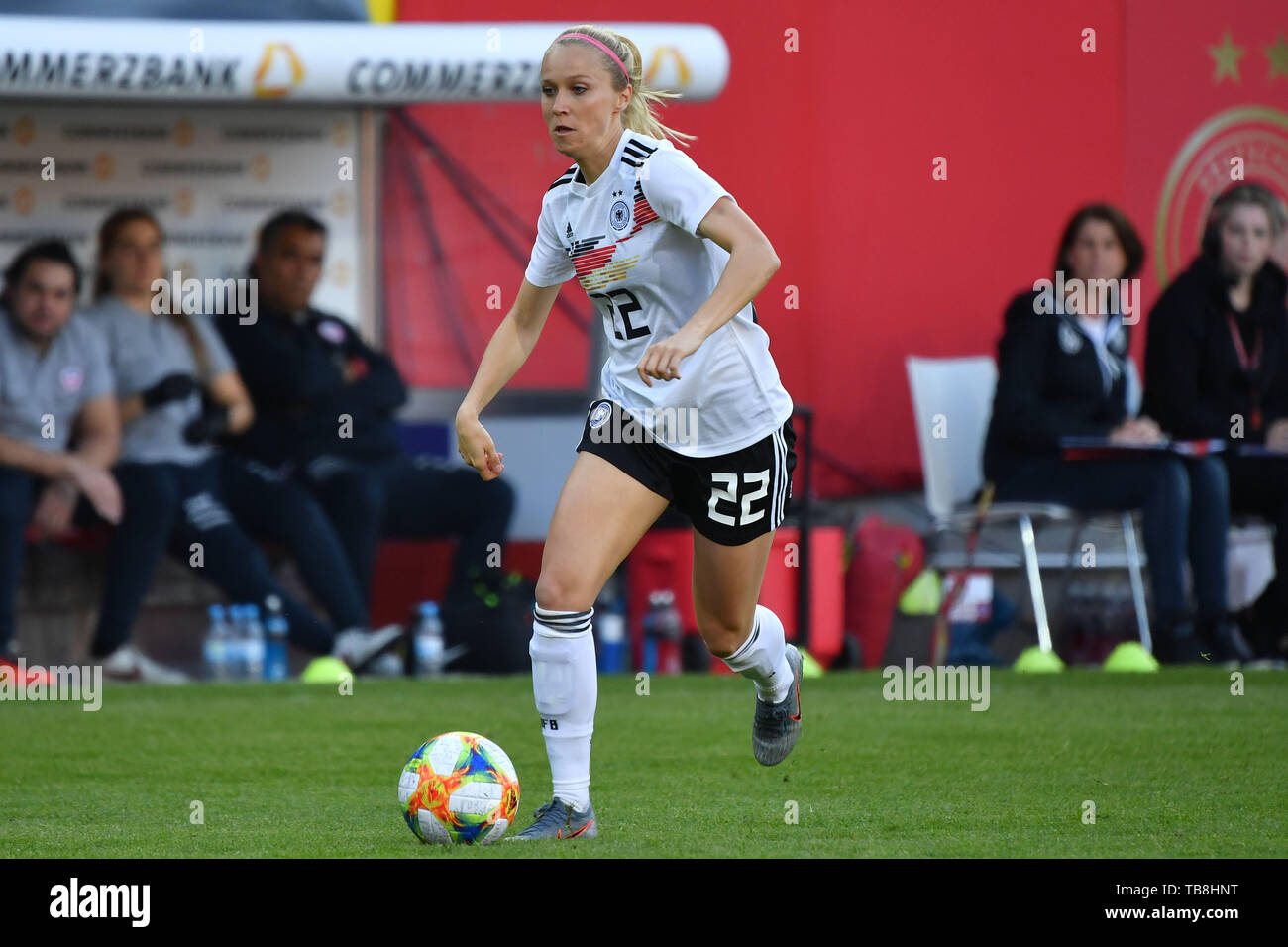 Regensburg, Deutschland. 30th May, 2019. Turid KNAAK (GER), Action, Single Action, Frame, Cut Out, Full Body, Whole Figure. Football, Women Laender match: Germany - Chile 2-0, on 30.05.2019 Continental Arena Regensburg. | usage worldwide Credit: dpa/Alamy Live News - Stock Image