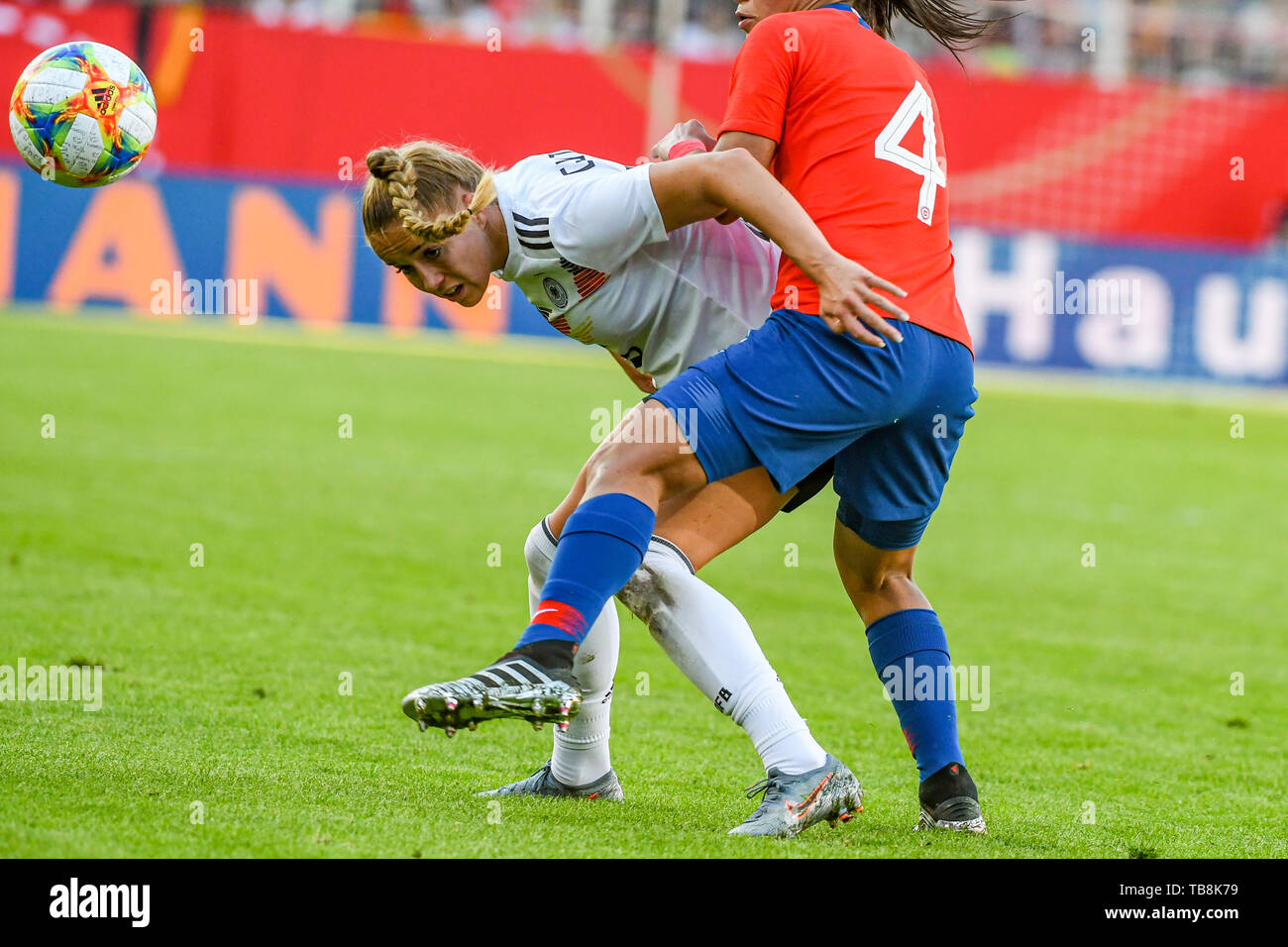 Regensburg, Germany. 30th May, 2019. Football, women: International matches, Germany - Chile in the Continental Arena. Turid Knaak of Germany on the ball. Credit: Armin Weigel/dpa/Alamy Live News - Stock Image