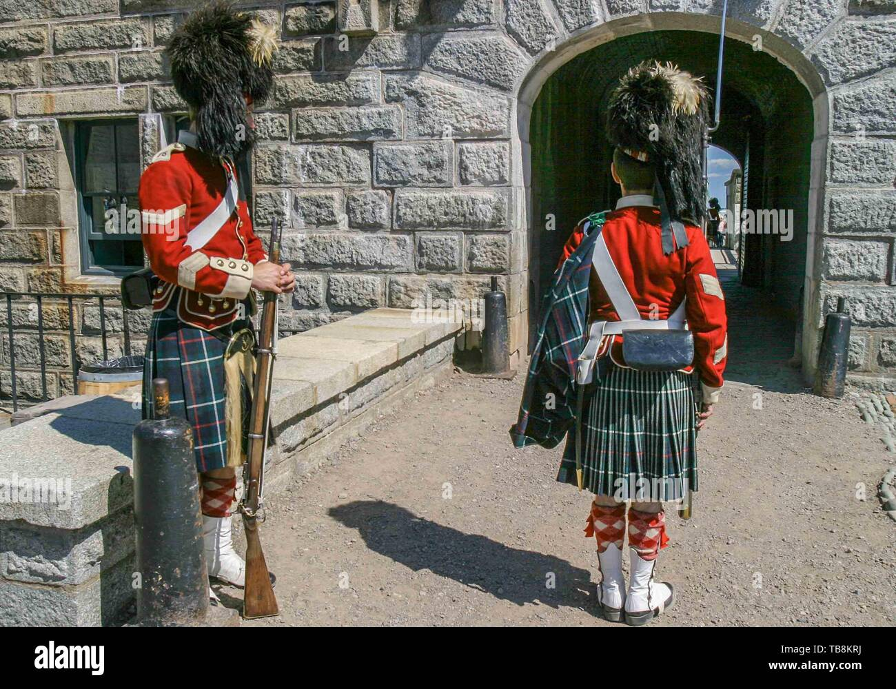 Halifax, Nova Scotia, Canada. 5th Sep, 2005. A changing of the guard by re-enactors dressed as soldiers of the 78th Highland Regiment, on Citadel Hill (Fort George), a National Historic Site in Halifax, Nova Scotia. A living history museum, the fort is among the most visited sites in Atlantic Canada. Credit: Arnold Drapkin/ZUMA Wire/Alamy Live News - Stock Image